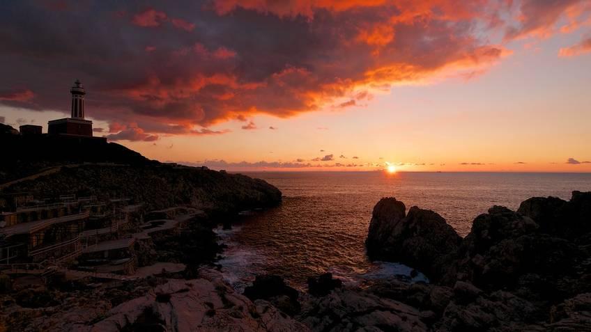 Tecnomar Boat Tour - Tour di Capri al tramonto in Gozzo