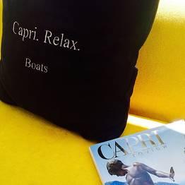 """Capri Relax Boats - Dia inteiro ao redor de Capri com lancha """"Itama 38"""""""