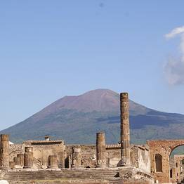 Pompeii & Mount Vesuvius Group Tour from Positano