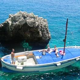 Gianni's Boat - THE OMG 4-HOUR TOUR by traditional gozzo!!!