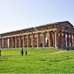 Paestum + buffalo Mozzarella factory tour