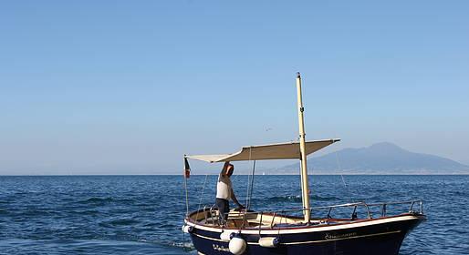 Ciro Capri Boats - OFFERTA SPECIALE PRIMAVERA - Giro dell'Isola di Capri
