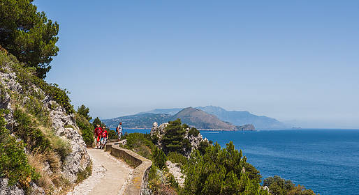 Capri Official Guides - Trekking tour along Pizzolungo