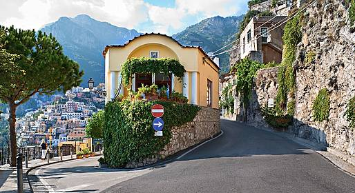 Sorrento Limo Web - Private transfer Naples - Positano or vice versa