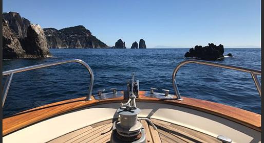 Capri Island Tour - Full Day Gozzo Boat Tour Amalfi Coast (8 hours)