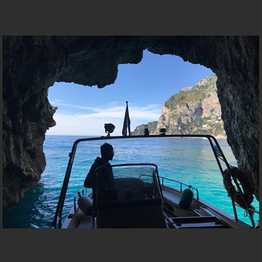 Full Day Gozzo Boat Tour Amalfi Coast (8 hours)