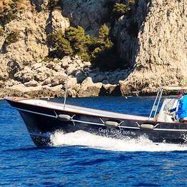 Tours with large lancia boat Milano-Aprea (10 mt)