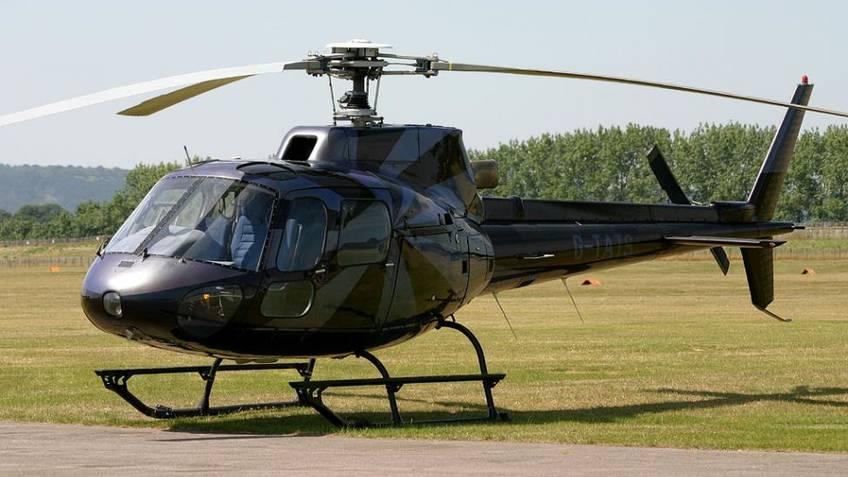 Elicottero Napoli : Prenota trasferimento napoli capri in elicottero