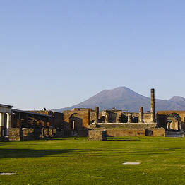 Pompeii plus Wine and Food Tasting