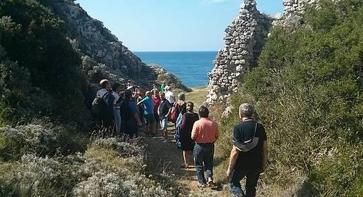 Nesea Capri Tour - The Path of Forts - Hiking Tour