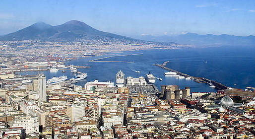 Top Excursion Sorrento - Transfer da Napoli a Sorrento + Nap City tour + Pizza
