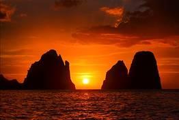 Capri Boat Service - Especial tour de gozzo ao redor da ilha ao entardecer