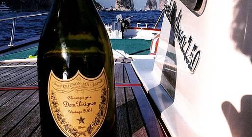 Capri Boat Service - Speciale giro di Capri in gozzo al tramonto