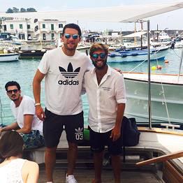 Capri Boat Service - Escursione privata di Capri in gozzo tradizionale