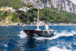 Capridamare - A Perfect Day at Sea off Capri