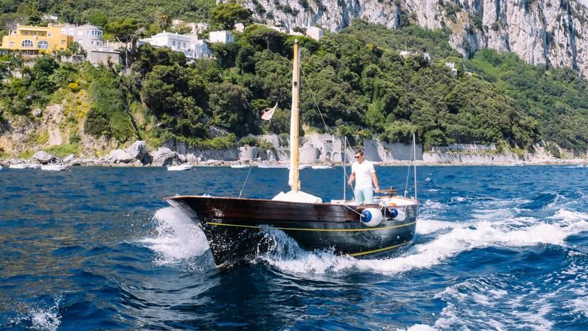 Capridamare - A Perfect Day at Sea off Capri