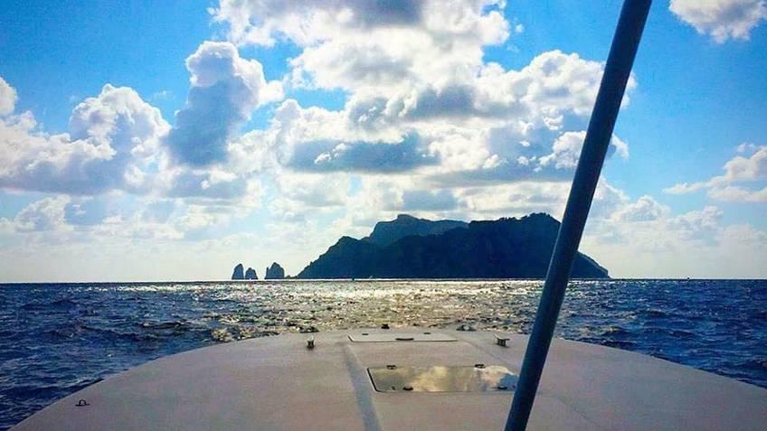 Capri Boat Service Luxury - Escursione Capri - Positano su motoscafo luxury (7ore)