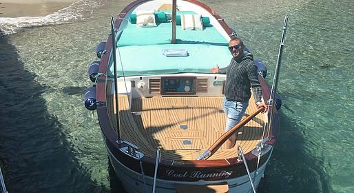 Capri Boat Service - Capri Boat Tour via Gozzo with a Swim