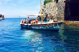Capri Boat Service - Speciale CAPRI Primavera: giro dell'isola in gozzo