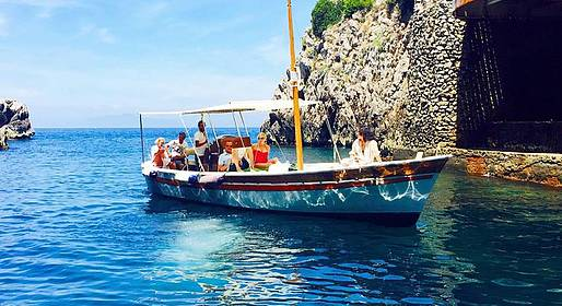 Capri Boat Service - October special - 2/3 hour tour of Capri by gozzo