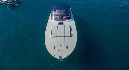 Capri Boat Service - Transfer Napoli-Capri su motoscafo Itama +auto Mercedes