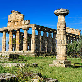 Joe Banana Limos - Tours & Transfers - Paestum and Mozzarella Private Tour