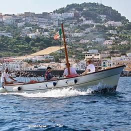 Escursione in barca a Capri - giornata intera