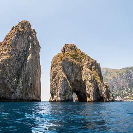 Passeio em lancha Itama 40 em Capri 2, 4 ou 7 horas