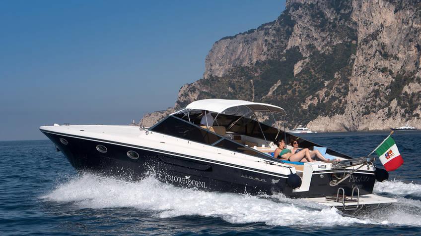 Priore Capri Boats Excursions - Private luxury speedboat tours of Capri and Ischia