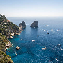 Blue Sea Capri - Luxury Speedboat Tour of Capri