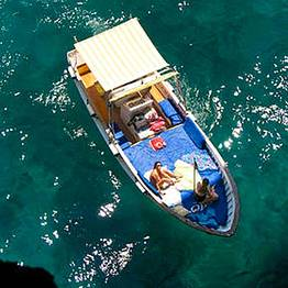 WINTER OFFER: Boat Tour of Capri